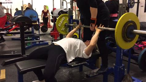 bench press narrow grip narrow bench press 28 images karen hesthammer 62 5 kg