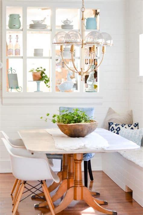 small dining room design idea banquette nelliebellie