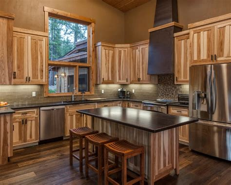 natural hickory kitchen cabinets natural hickory cabinets decorating ideas pinterest