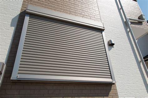 persiane avvolgibili in alluminio persiane avvolgibili in alluminio a treviso serblok s due