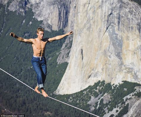 daredevil mich kemeter performs tightrope walk 3 000ft up