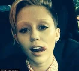 no shaving trend for women new no eyebrow trend is taking the fashion world by