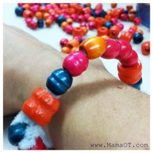 Sensory Toys Pipe Cleaner Isi 10 easy pipe cleaner bracelet for ot