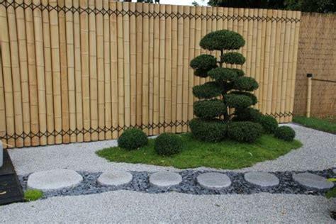 inviting small japanese zen garden  motivate