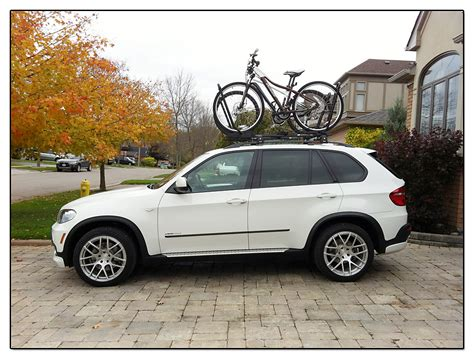 Bmw X5 Roof Rack by X5 With Roof Mounted Bike Racks