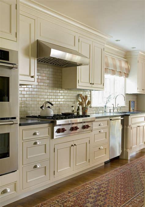 classic  england kitchen dean poritzky  pretty