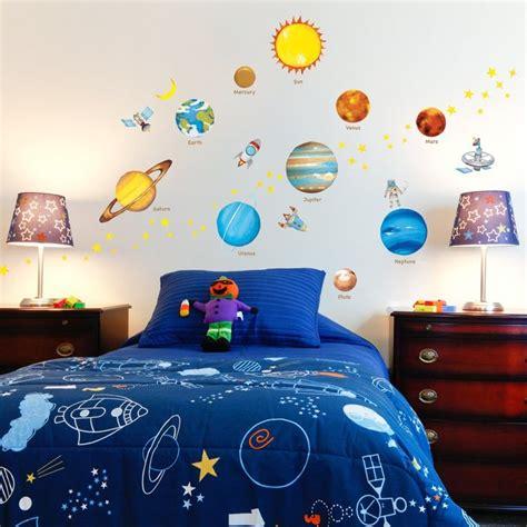 Kinderzimmer Ideen Weltall weltall kinderzimmer ideen
