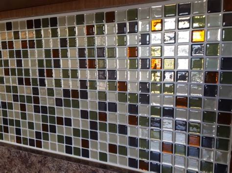 Peel And Stick Kitchen Backsplash Ideas by Today Tests Temporary Backsplash Tiles From Smart Tiles