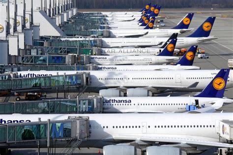wann muss ich am flughafen sein lufthansa voll flugzeugen terminal 2 am flughafen m 252 nchen