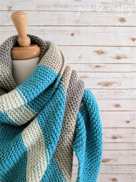 cake knitting patterns pattern review the caron cake knit triangular shawl
