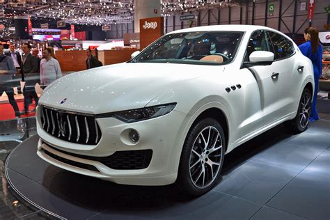 maserati levante could a v8 powered maserati levante topple the porsche