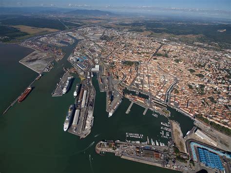 of livorno traffici 2014 il porto di livorno torna a sorridere