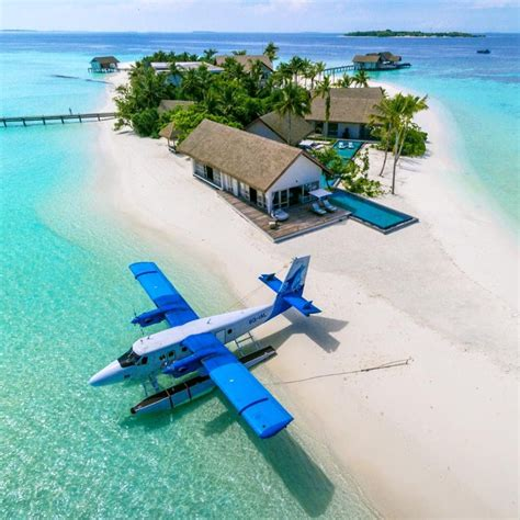 best island of maldives 10 overwater bungalows buzz inn in