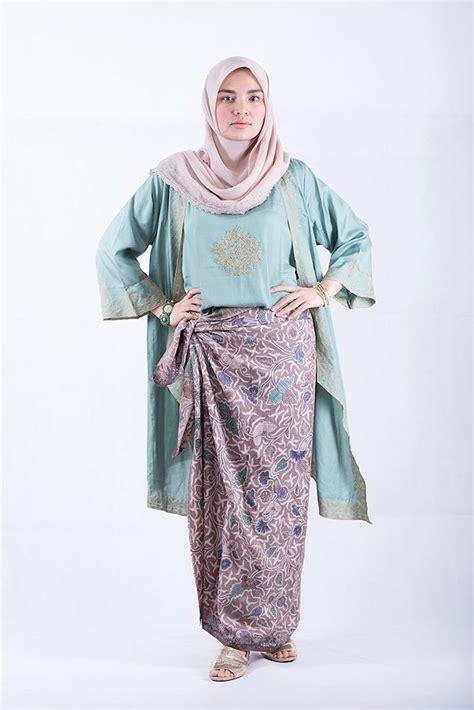 Abaya Tapeta Bordir Rok Lilit how to wear sarung kain batik ala ria miranda batik kain batik kebaya and baju
