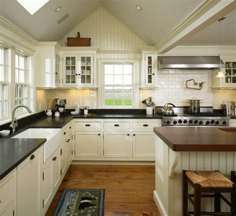 sherwin williams paint for kitchen cabinets sherwin williams creamy kitchens pinterest paint