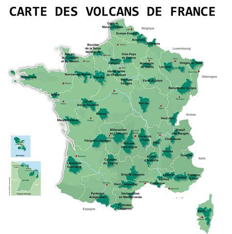 carte des volcans en france arts  voyages