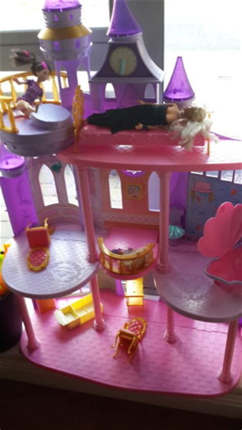 hamleys dolls house large hamleys doll house for sale in clongriffin dublin from fuddydudy