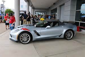 Best Yellow Exterior Paint Color - pics new sterling blue exterior color for 2017 debuts at the ncm bash corvette sales news