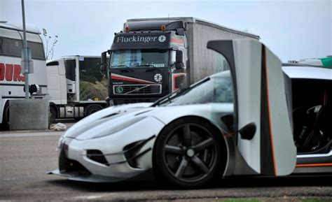 koenigsegg one 1 doors awesome silver koenigsegg one 1 prototype door open