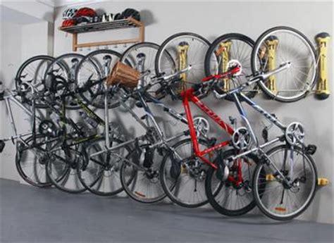 fahrräder platzsparend aufbewahren steadyrack fahrrad wandhalter bike palast