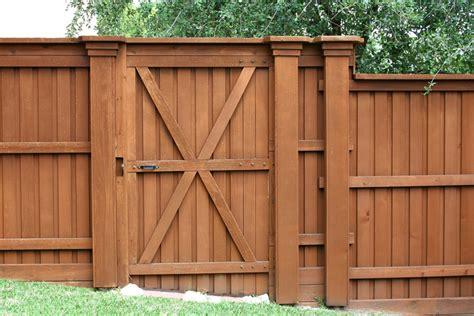 Wood Fence Door by Wood Fences Craftsman Fencing Virginia Norfolk