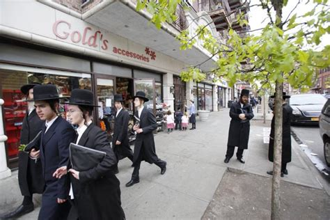 section 8 in nyc hasidic neighborhood in b klyn is a top beneficiary of