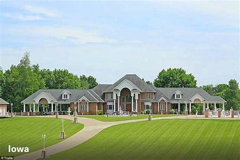 Rolling Island For Kitchen by Virginia Island Home With Country Club And Waterfront