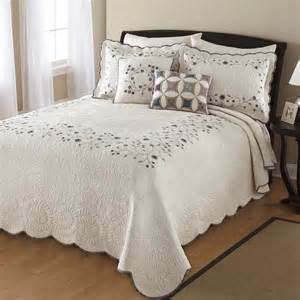 Spread Quilts Modern Bedspread The Style Info Home And