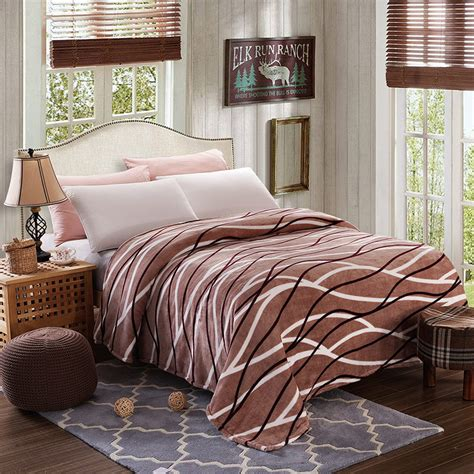 warm bed luxury fleece blankets extra soft and warm bed blanket