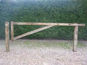 barriere pivotante barriere pivotante gamme bois fournisseur en produits