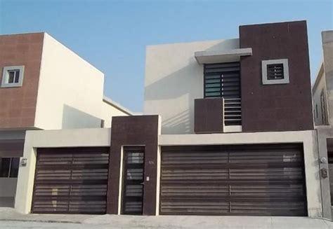 fachadas de garage fachada con dos puertas de garage decoracion de