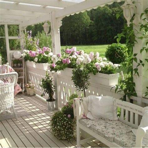 veranda shabby chic oasi di paradiso in veranda stile shabby chic il