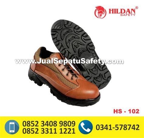 Berkwalitas Sepatu Magnum Pendek Murah hs102 jual sepatu safety pendek warna cokelat jualsepatusafety