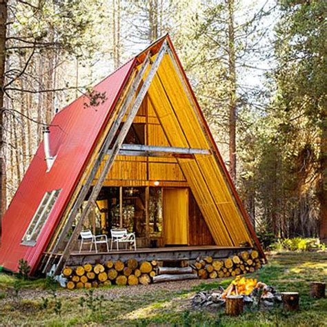 build a frame house 22 beautiful wood cabins and small house designs for diy