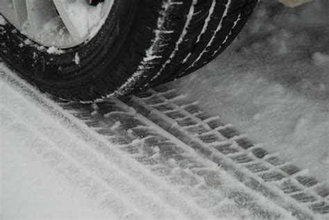 Rear Wheel Drive Snow by How To Drive A Rear Wheel Drive Car In The Snow Shop