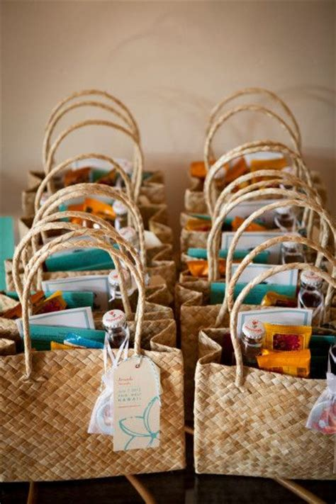 Welcome Bags, Baskets, Boxes, Cards for Wedding Guests