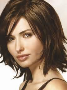haircuts for females 25 best ideas about medium haircuts for women on