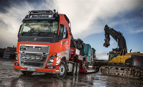 fh   heavy haulage volvo  northbank demolition company trucks uk haulier