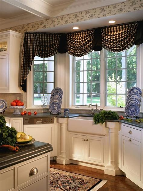valance ideas for kitchen windows 118 best bay or bow windows images on
