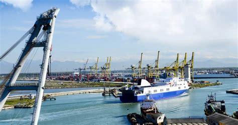 nave livorno porto torres traghetti sardegna da livorno prenota nave per sardegna