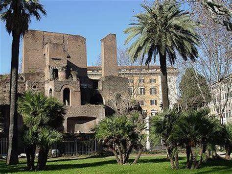 il giardino t礙 roma curiosit romane la porta magica