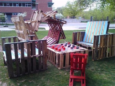 Patio Equipment by Repurposed Pallets Get New As Playground Equipment