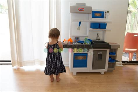 17 best images about diy play kitchen on pinterest stove 20 amazing diy play kitchen ideas for kids home interior