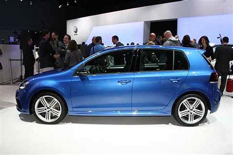 Golf R New York Auto Show by New York Auto Show Volkswagen Volkswagen Golf R Blu
