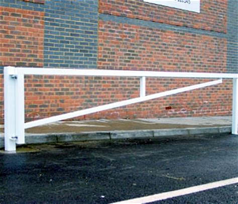 Manual Swing Barriers Sson Partners Fencing Tel