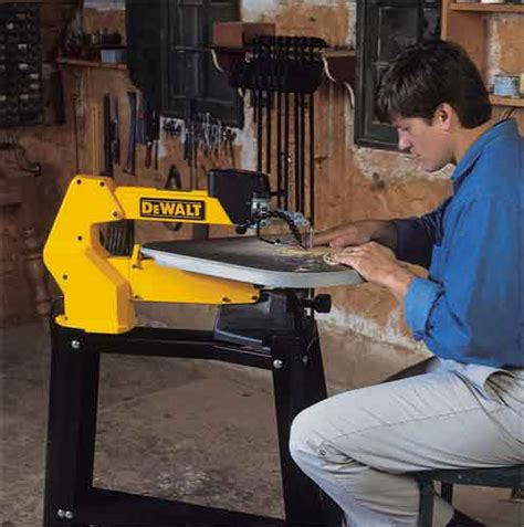 Dewalt Dw788 1 3 Amp 20 Inch Variable Speed Scroll Saw