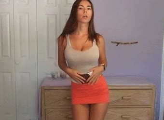 katee owen gif dance woman gif find share on giphy