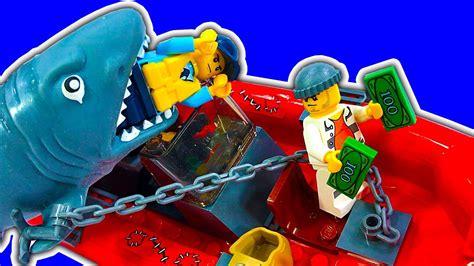 lego boat sinking in pool lego city police patrol boat playmobil motor shark attack