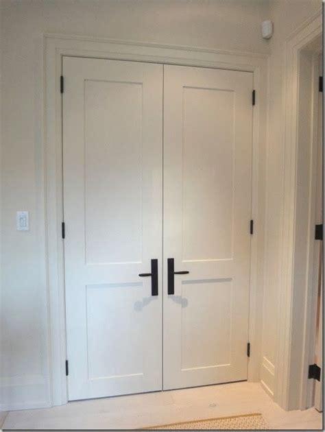 interior door handles for homes black hinge and handle shaker door pinteres