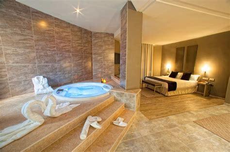 hoteles con jacuzzi en la habitacion en valencia 10 hoteles con jacuzzi en la habitaci 243 n que visitar en espa 241 a